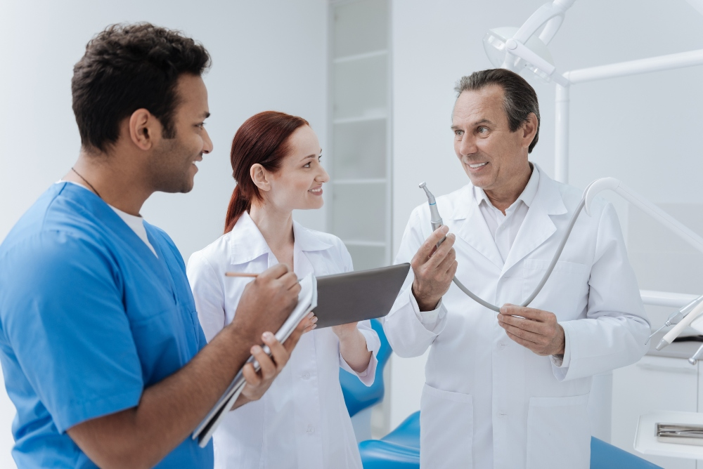 Job listing tips for dentists