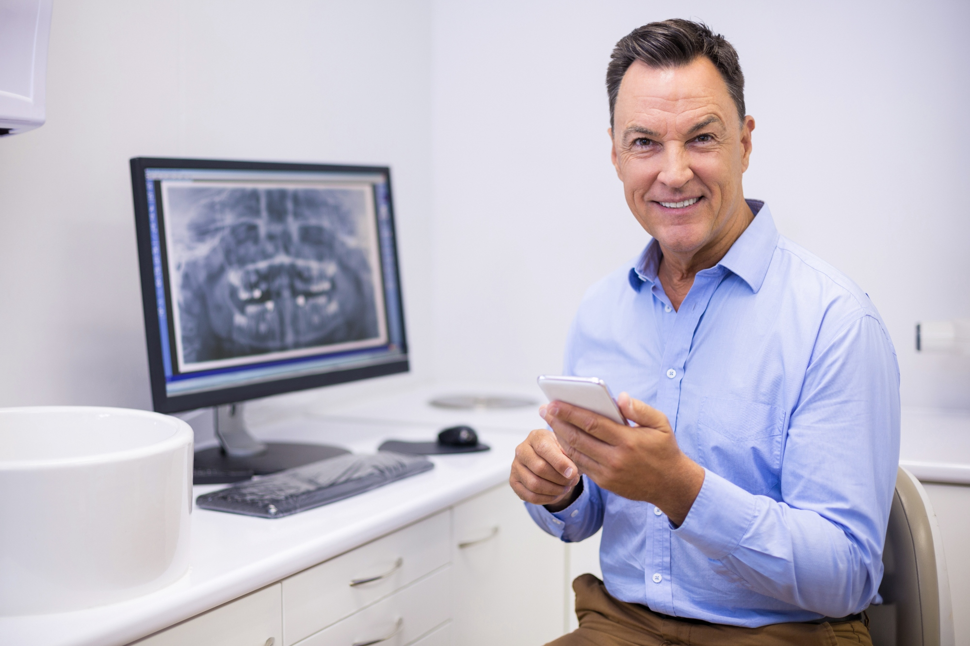 Why dentists should text their patients